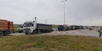 Bizerte : routes bloquées par les chauffeurs des poids lourds