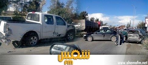 الزهـــراء: خسائر مادية فادحة اصطدام سيارات media_temp_138538370