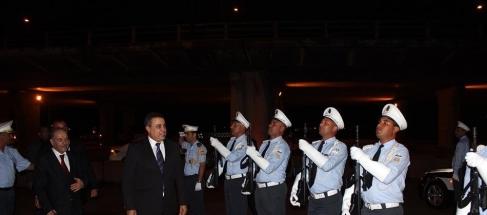 وطني مهدي جمعة يؤدي زيارة ميدانية لمختلف الفرق الأمنية بالعاصمة media_temp_141245560
