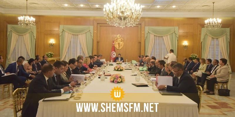 يوسف الشاهد لدى إشرافه على اجتماع مجلس الوزراء: 'لا مجال للأيادي المرتعشة في حكومة الوحدة الوطنية'