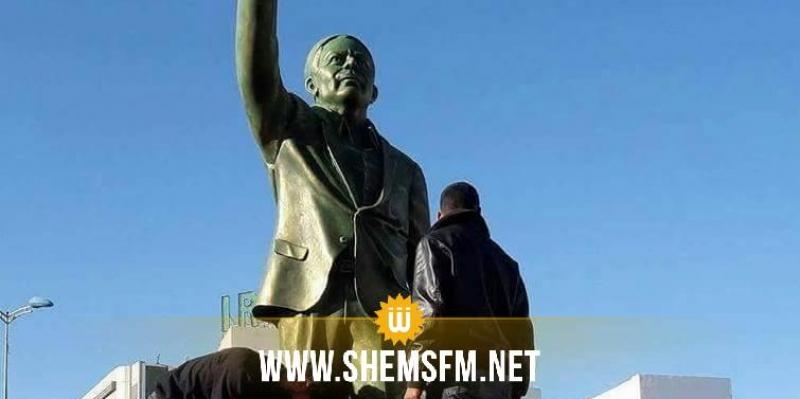Sfax : inauguration de la statue de Farhat Hached