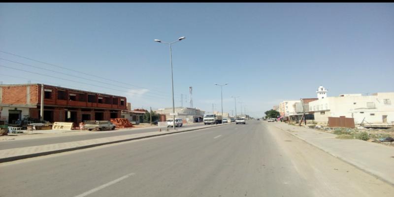 القيروان: يعترضون أعوان الحرس البلدي بالهراوات لمنعهم من تنفيذ قرار غلق مقهى
