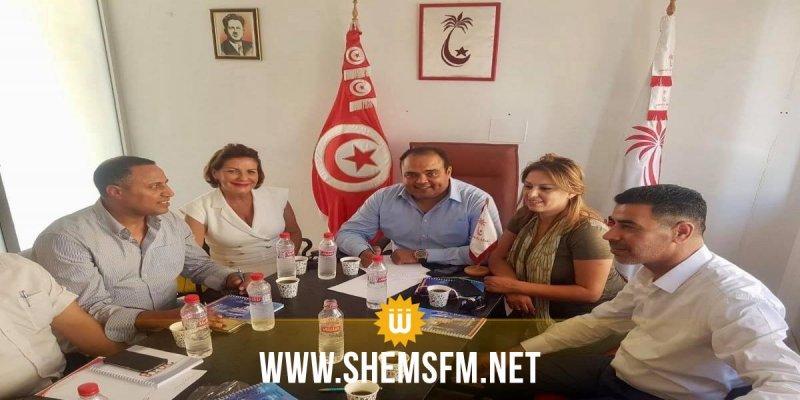الهيئة السياسية لنداء تونس تُغيب حافظ السبسي..وتقرر تعيين أنس الحطاب ناطقة رسمية بإسم الحزب