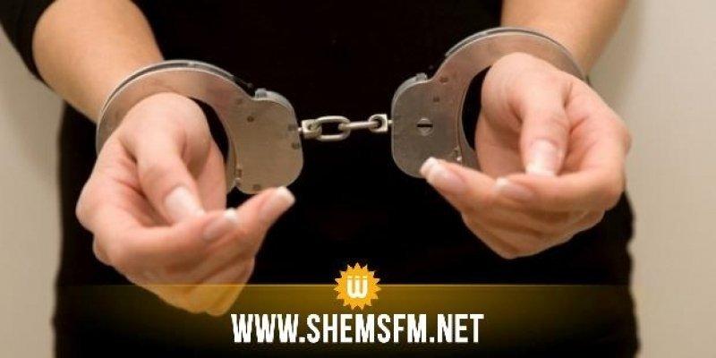 المنستير: القبض على فتاة سرقت مصوغ بقيمة 400 ألف دينار