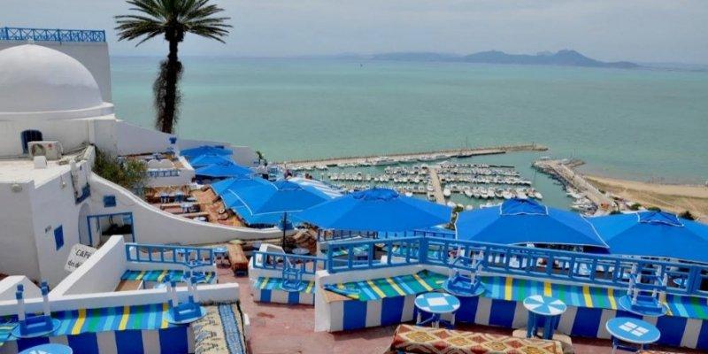 """""""طرد سياح جزائريين من الفنادق التونسية"""":  وكالة السياحة الجزائيرية تكشف عمليات تحيل ضخمة"""