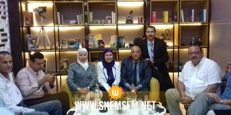 Des responsables régionaux et des députés inaugurent un salon de thé à la Soukra (Photos)