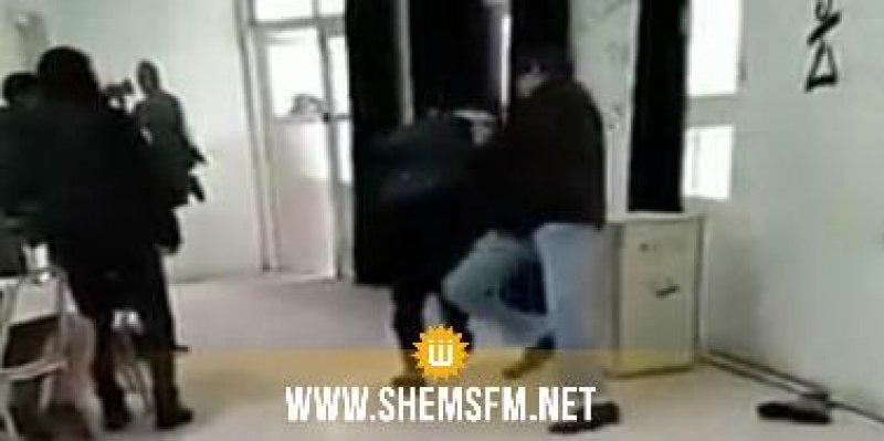 بني خلاد: أستاذ يعتدي بالعنف على تلميذة