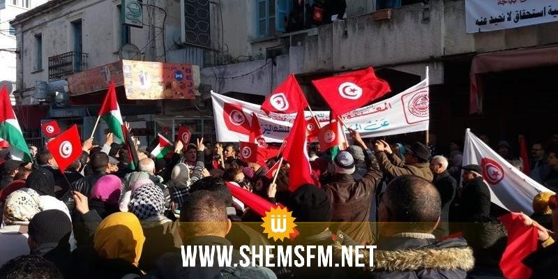 باجة: مناوشات وشعارات سياسية في مسيرة الاتحاد الجهوي للشغل