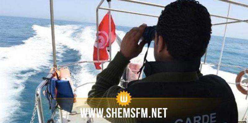 بينهم طفل: 12 شخصا يحاولون اجتياز الحدود البحرية خلسة