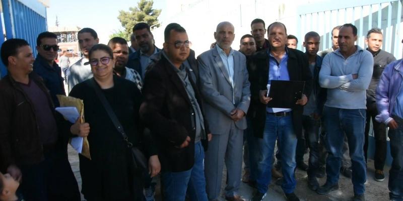 قفصة: أعوان إقليم الشركة التونسية للكهرباء والغاز يواصلون إضرابهم المفتوح