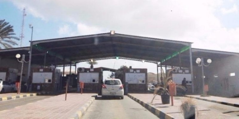 مدنين:  13 فرنسيا يغادرون معبر رأس الجدير بعد تأمين سياراتهم وأسلحتهم