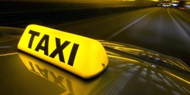 إتحاد التاكسي الفردي يعلق إضرابه