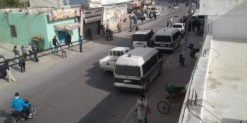 سيدي بوعلي: كر وفر بين الأمن وعدد من المحتجين واستعمال للغاز المسيل للدموع