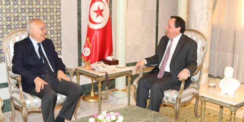 تطوّرات الأوضاع الليبية أبرز محاور اللقاء بين وزير الخارجية والمبعوث الأممي إلى ليبيا