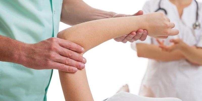 مدير عام الضمان الإجتماعي: إخلالات في خارطة انتشار أخصائي العلاج الطبيعي