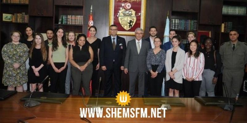 في استقباله لوفد من جامعة أوتاوا: وزير الدفاع يؤكد أن الإرهاب لا مستقبل له في تونس