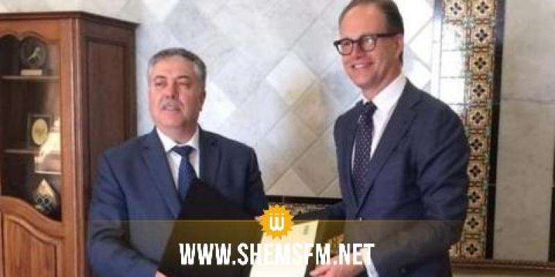 الممثل المقيم الجديد لبرنامج الأمم المتحدة الإنمائي في تونس يقدم أوراق اعتماده إلى كاتب الدولة