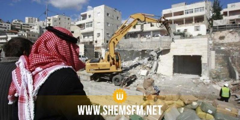 الكيان المحتل يهدم منازلا على مشارف القدس وسط إحتجاجات فلسطينية