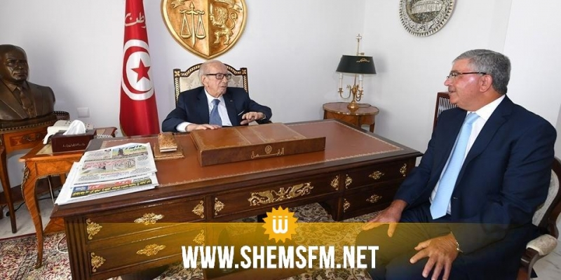 رئيس الجمهورية يلتقي وزير الدفاع