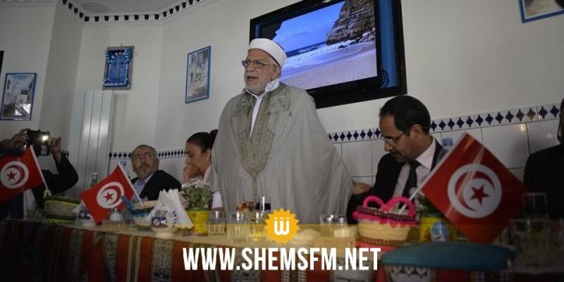 عبد الفتاح مورو:'رئيس الجمهورية يجب أن لا يكون بعيدا عن هموم المواطن وهموم الجهات'
