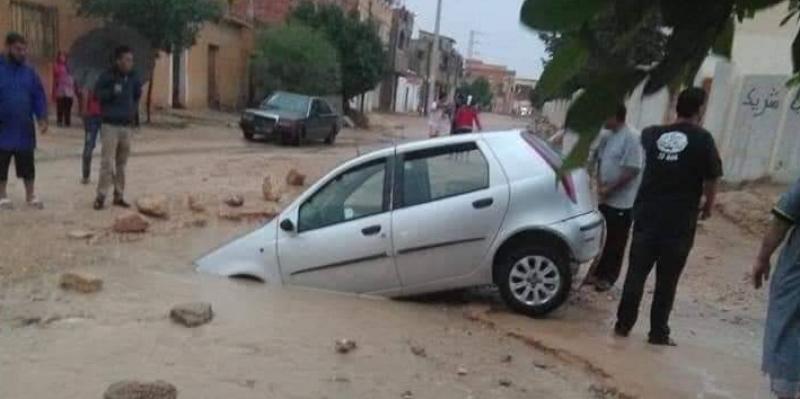 سبيطلة: سيارات تغرق في الأوحال والحفر بسبب الأمطار