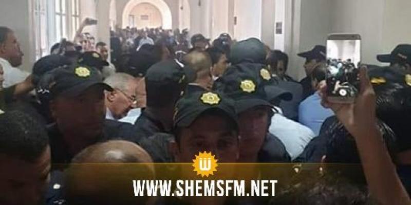 اعتصام هيئة الدفاع عن الشهيدين البراهمي وبلعيد: عميد المحامين يتعرض الى اعتداء جسدي