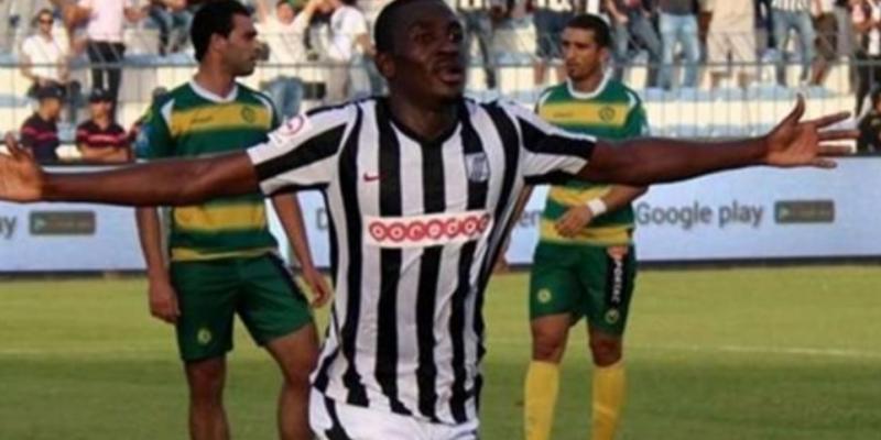 فريق نيجيري يطالب النادي الصفاقسي بمنحة تكوين جونيور آجايي