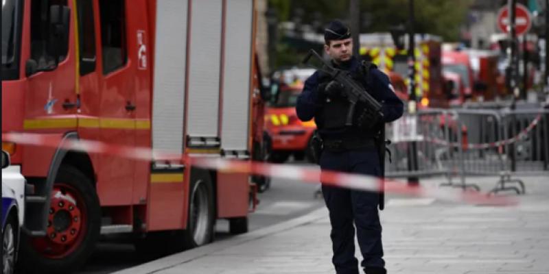 Attaque au couteau à Paris : le bilan s'alourdit