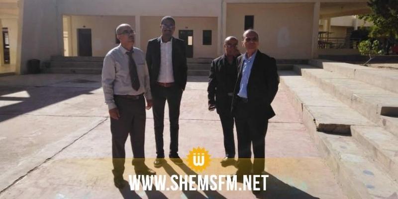 David Diop, lauréat du prix Goncourt des lycées, visite le lycée pilote de Kasserine