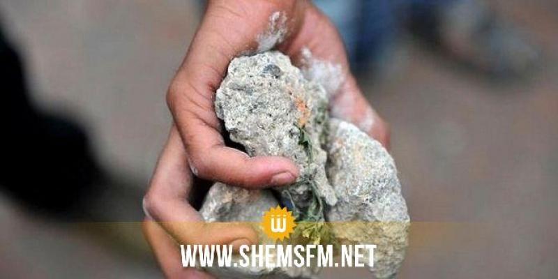 أنقذ فتاة من 'براكاج': إصابة عون سجون وإصلاح بحجارة على مستوى الرأس