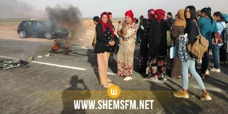 قفصة: غلق الطريق الوطنية عدد 14 احتجاجا على انقطاع الماء