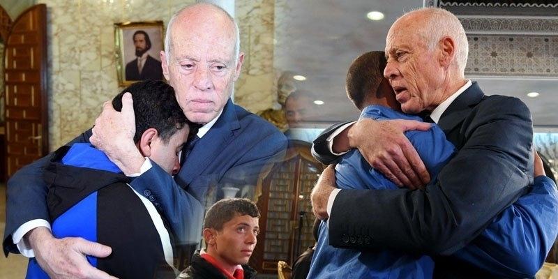جاؤوا على الأقدام: رئيس الجمهورية يلتقي شبابا مـن ولاية قفصة (صور+ فيديو)