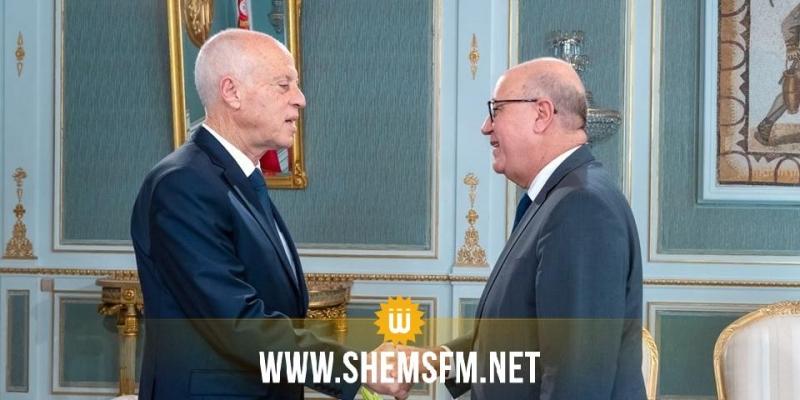 مروان العباسي يُقدم لرئيس الدولة عرضا حول الوضعية الاقتصادية لتونس في الفترة الحالية