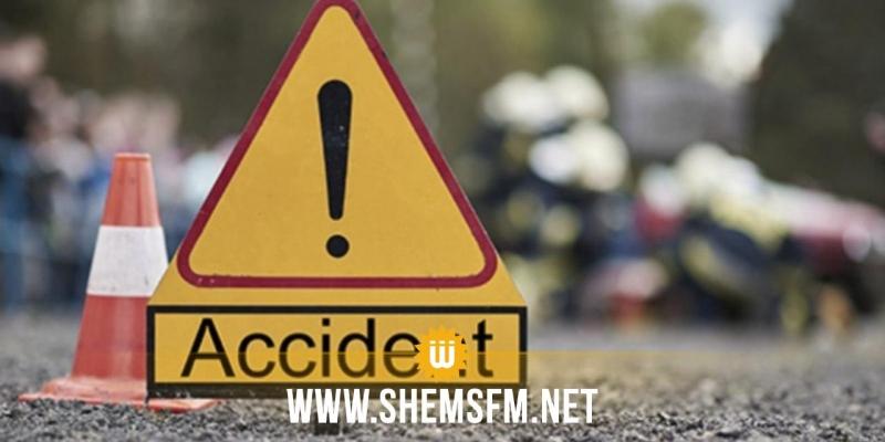 باجة: قتيلان و7 جرحى في حادث اصطدام سيارة جزائرية بحافلة إدارية صغيرة الحجم