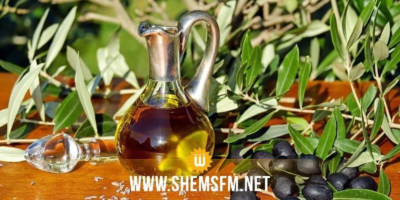 القصرين : فتح نقطة لبيع زيت الزيتون المعلب