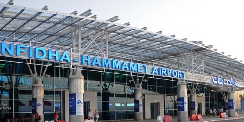 مطار النفيضة: وصول 21 تونسيا مُرحلا من إيطاليا
