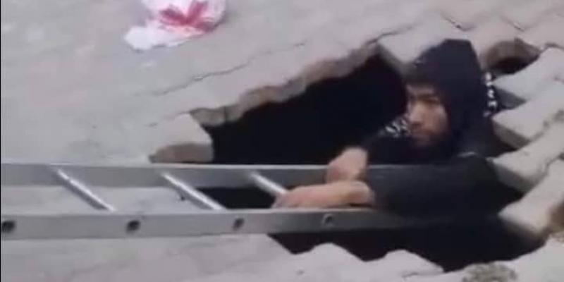 القيروان: سقوط شاب في حفرة انفتحت فجأة في الرصيف (صور)