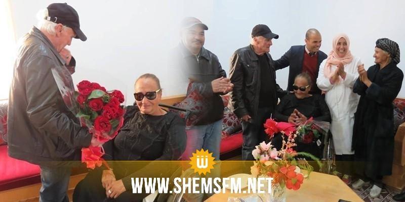 بمناسبة عيد الحب: مقيمان بدارالمسنين بمنوبة يحتفلان بخطوبتهما (صــور)