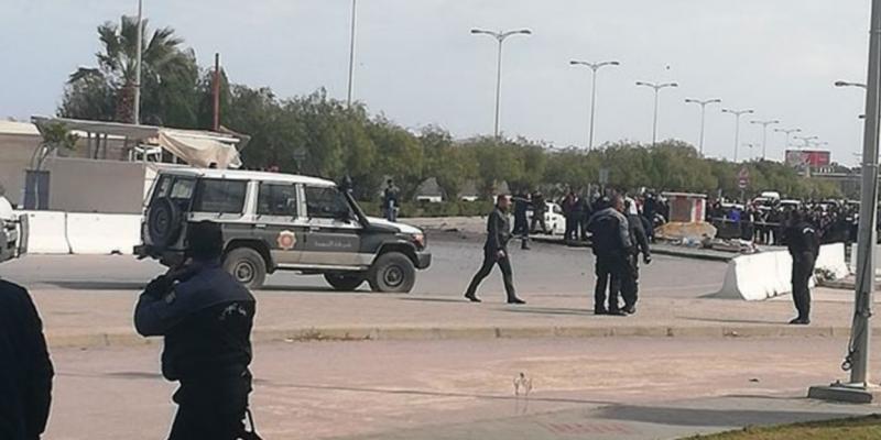 مقتل إرهابيين في تفجير انتحاري قرب السفارة الأمريكية بتونس