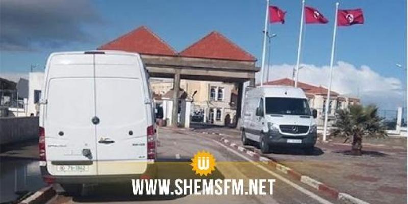 المعبر الحدودي ببيوش: إستقبال 47 تونسيا كانوا عالقين بالجزائر