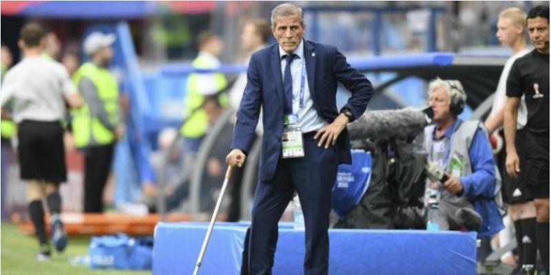 بعد 14 سنة:  مدرب منتخب الأوروغواي يغادر منصبه مؤقتا بسبب كورونا