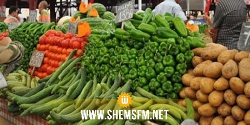 اتحادا الشغل والفلاحة يدعوان إلى فتح الأسواق الأسبوعية للخضر والغلال