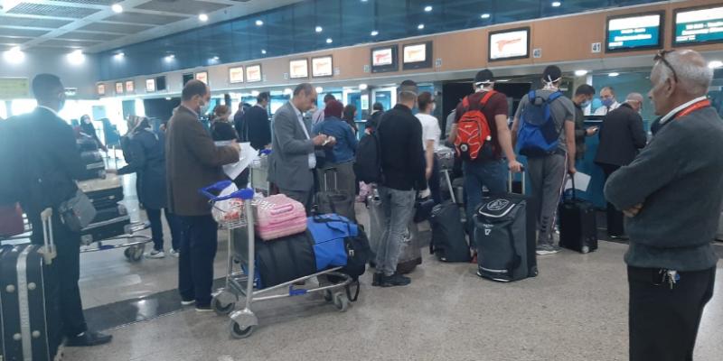 إجلاء 78 تونسيا من العالقين في مصر