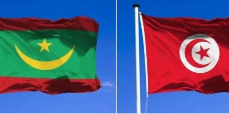 وزير الخارجية يتلقى مكالمة هاتفية من نظيره الموريتاني