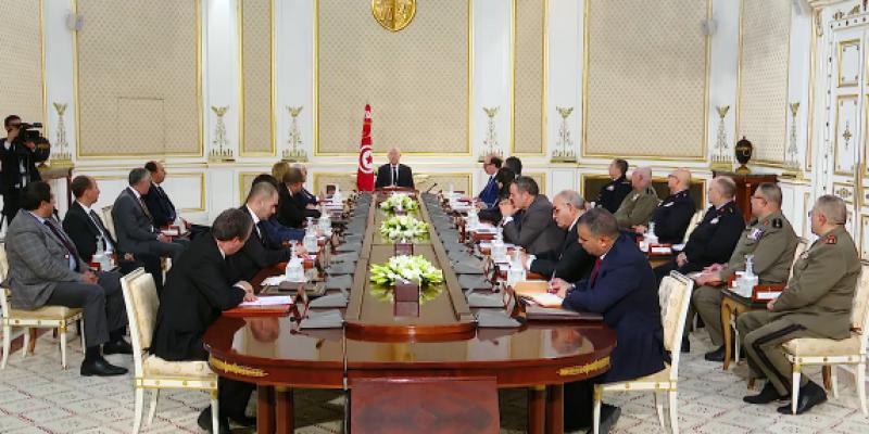 قيس سعيّد يدعو لإبرام 'صلح جزائي مع المتورطين في الفساد لاسترجاع أموال الشعب'