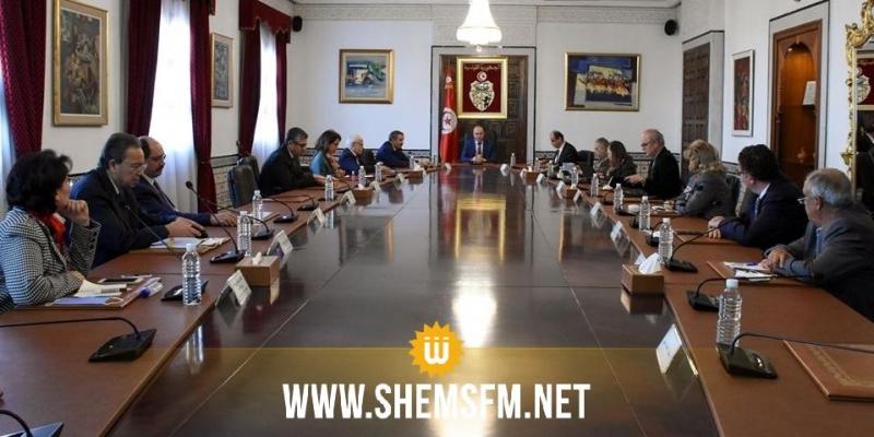 اللجنة العلمية لمجابهة الكورونا تنظر في تطورات الوضع الوبائي في تونس
