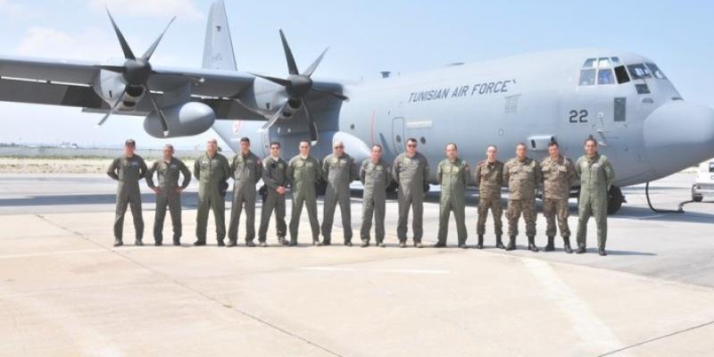 إقلاع طائرة عسكرية في اتجاه الصين لجلب معدات طبية