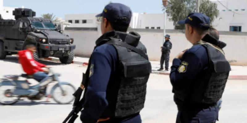 وزير الداخلية يوجه رسالة تهنئة إلى قوات الأمن الداخلي
