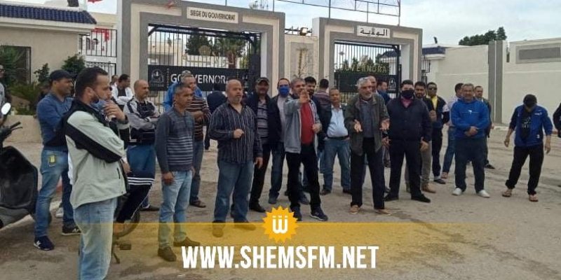 القيروان: سواق سيارات 'اللواج' يحتجون والأمن يتدخل لتفريقهم
