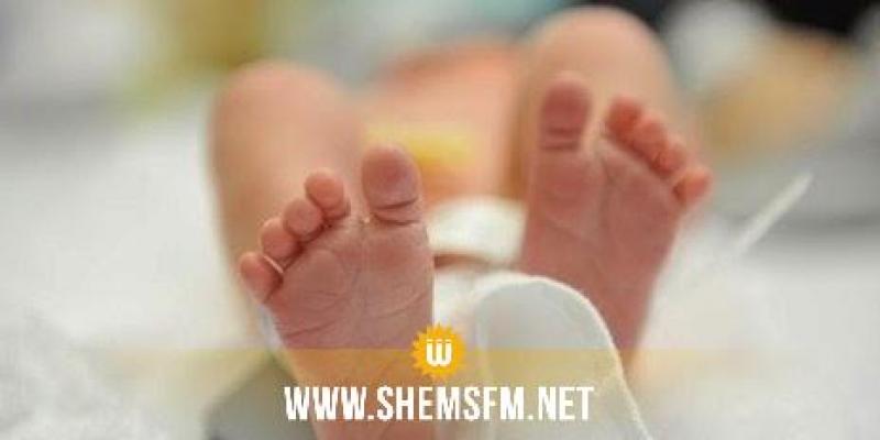 المنستير: أب في حالة سكر 'يدهس' ابنه الرضيع بساقيه ويقتله